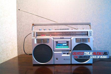 HITACHI TRK 7800E 1982